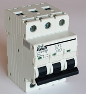 Reparaci n de m quinas interruptor magnetotermico - Interruptor magnetotermico precio ...